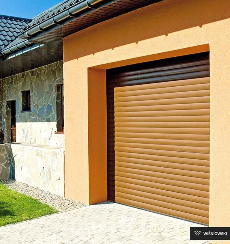 Brama garażowa roletowa brąz