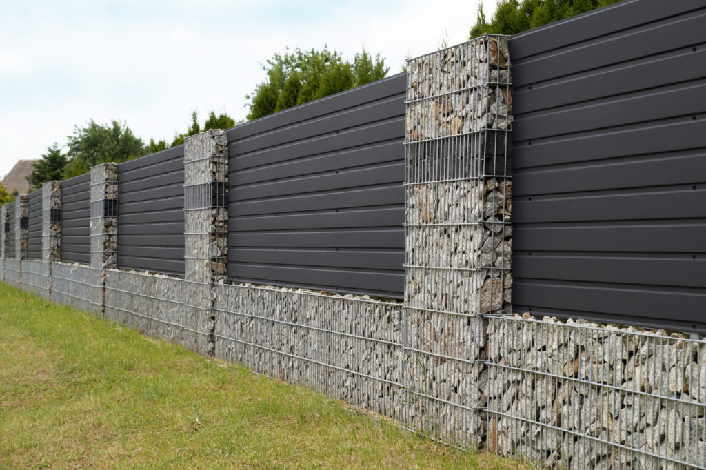 Nowoczesne ogrodzenia gabionowe
