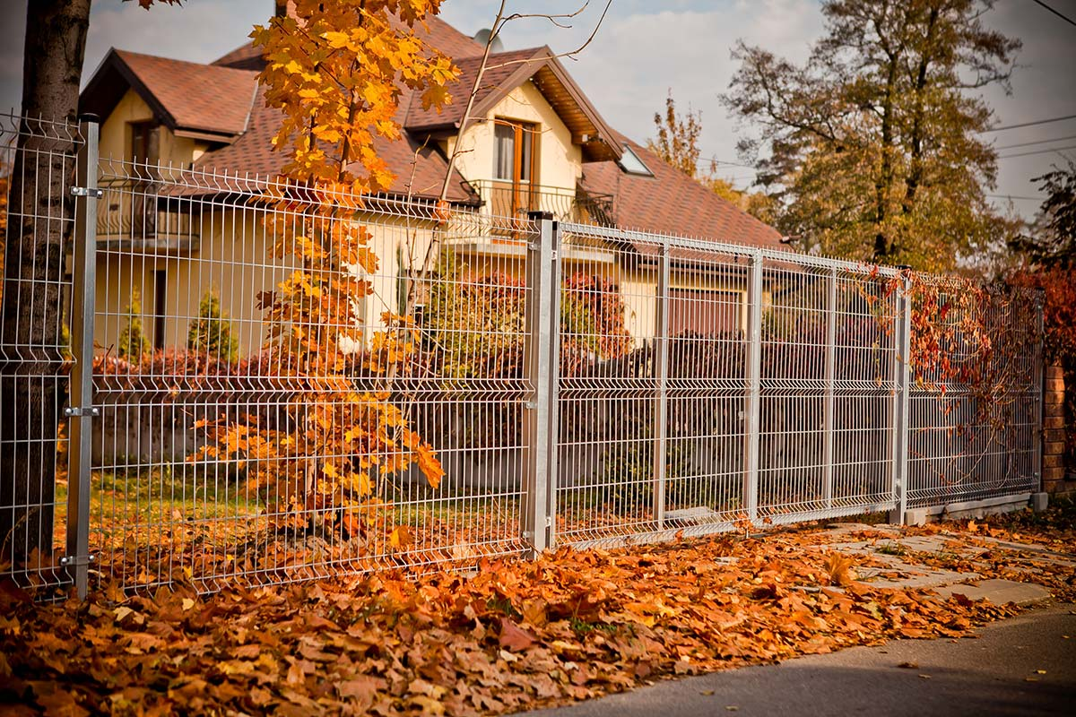 Projekt ogrodzenia panelowego posesji