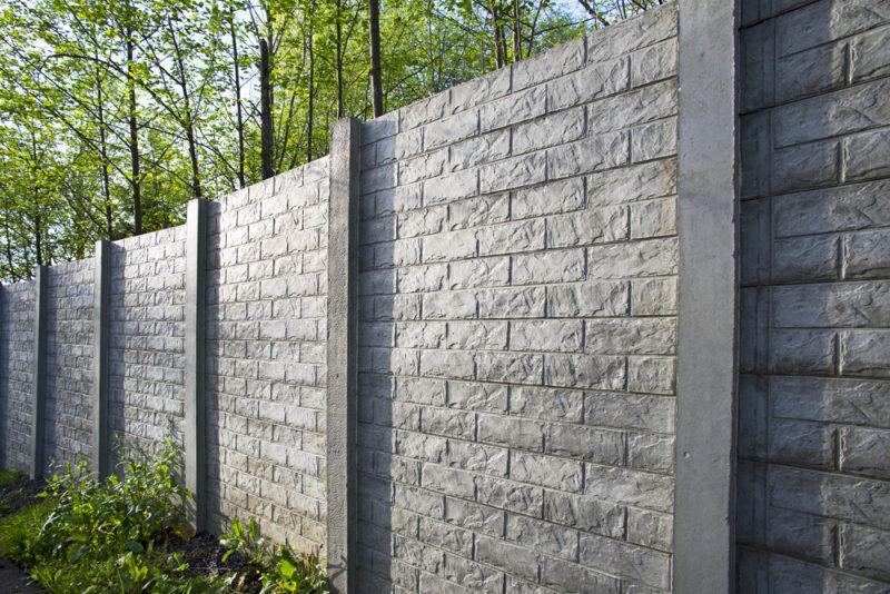 Ogrodzenie z pustaków łupanych – jak wykonać - expert - ogrodzenia