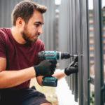 Jak odnowić ogrodzenie palisadowe? Expert-ogrodzenia.pl